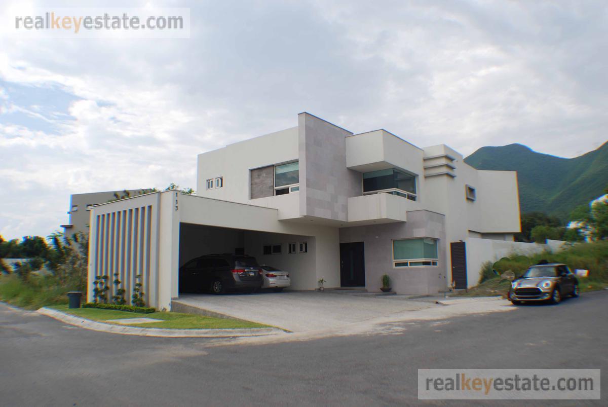 Foto Casa en Renta en  La Joya Privada residencial,  Monterrey  Casa en Renta Carretera Nacional Monterrey. La Joya Priv. Residencial