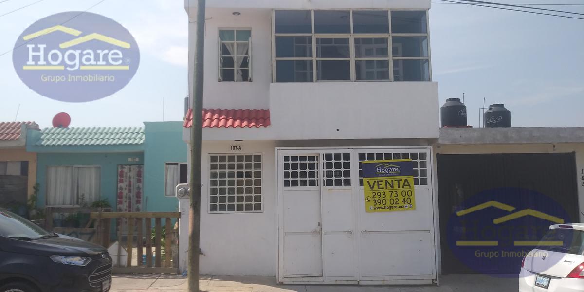 Casa en Venta en León, Gto. en Lomas del Mirador, cerca de Blvd. San Juan Bosco