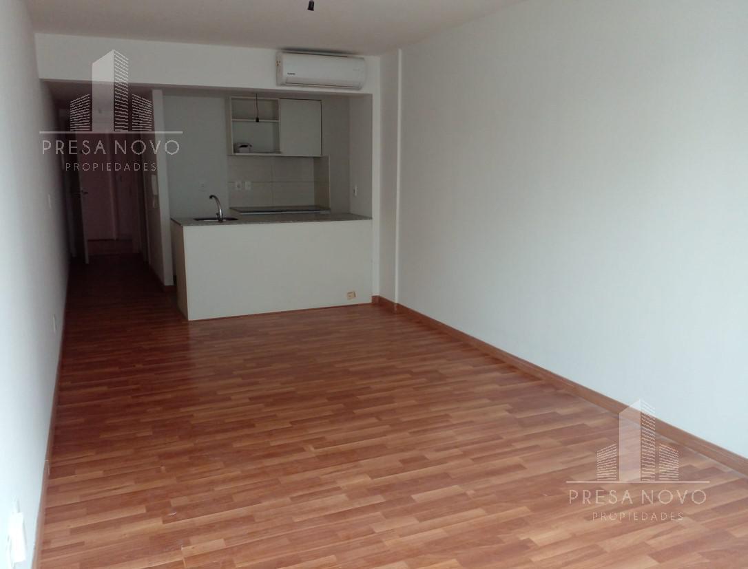 Foto Apartamento en Alquiler en  Cordón ,  Montevideo  Eduardo Acevedo al 1500