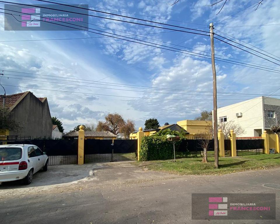 Foto Casa en Alquiler en  City Bell,  La Plata  472 26 y 27