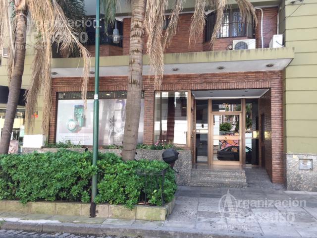 Foto Oficina en Alquiler en  Mart.-Vias/Santa Fe,  Martinez  Sarmiento 74