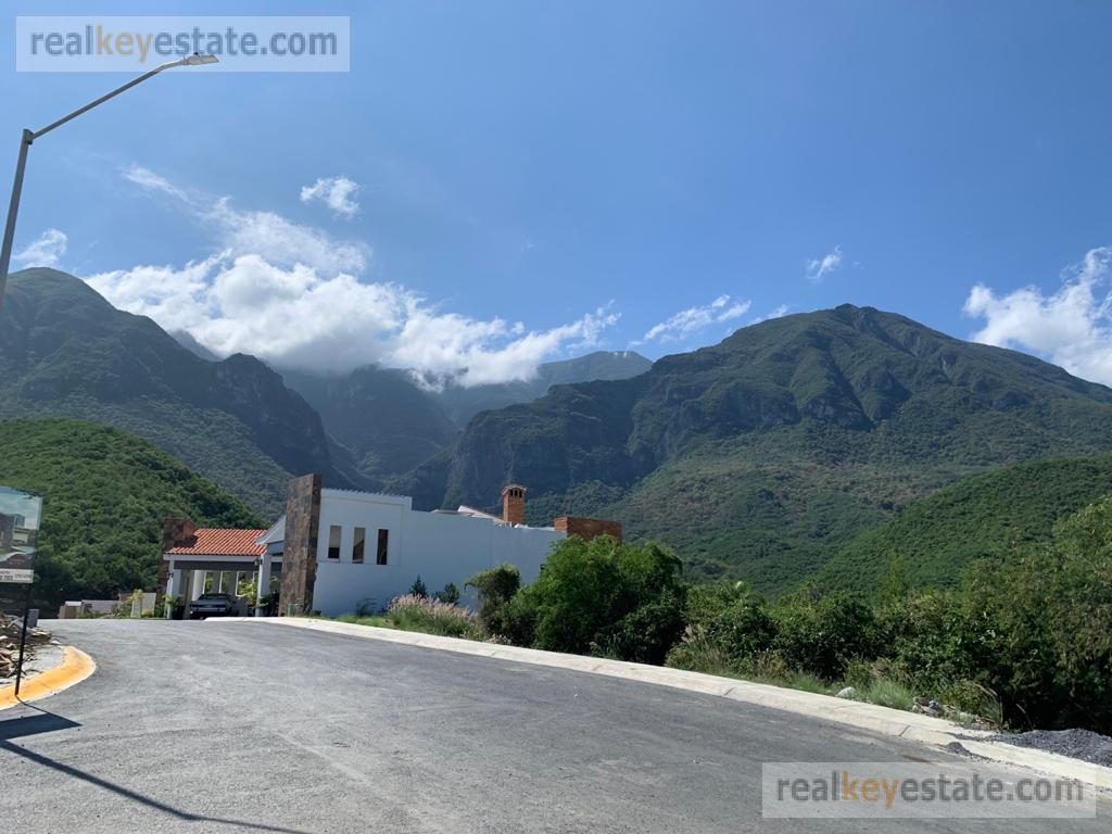 Foto Terreno en Venta en  Sierra Alta 3er Sector,  Monterrey  TERRENO EN VENTA EN SIERRA ALTA 3ER SECTOR