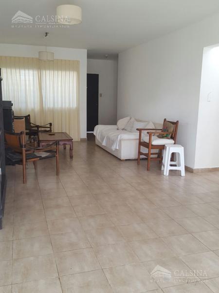 Foto Casa en Venta en  Lomas Sur,  Villa Allende  Los Talas al 600