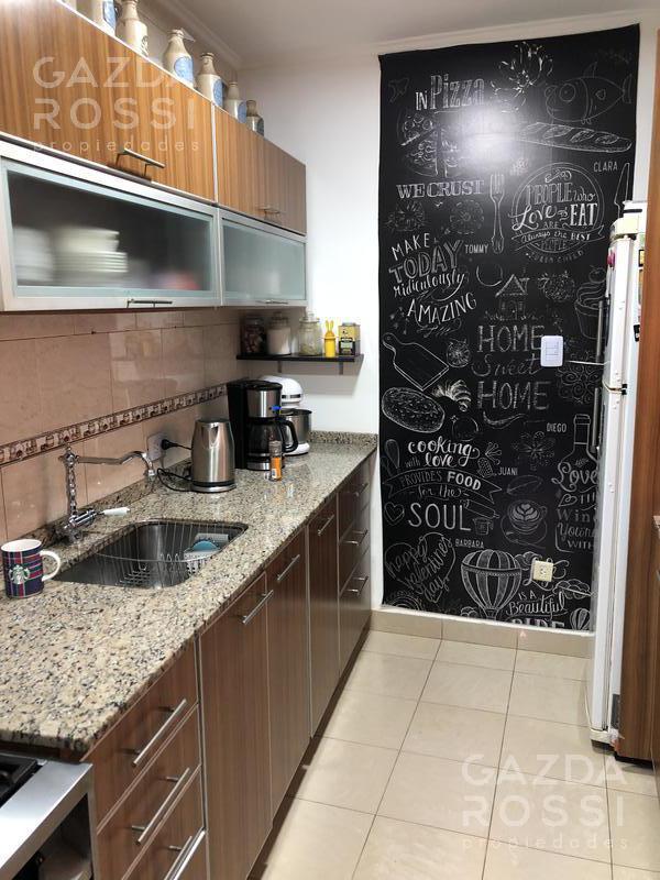 Foto Casa en Venta en  Temperley,  Lomas De Zamora  Saenz Peña al 900