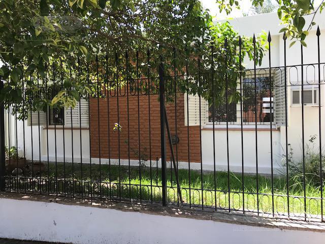 Foto Casa en Venta en  Colinas De V.Sarsfield,  Cordoba  Corro al 2000