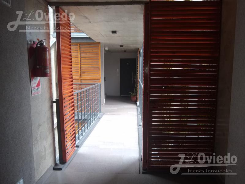 Foto Departamento en Venta en  Moron ,  G.B.A. Zona Oeste  Sucre al 100