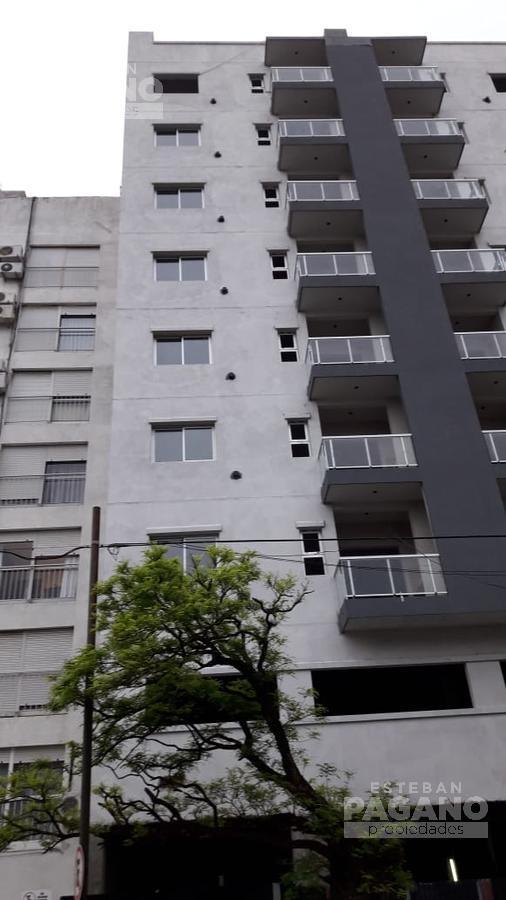 Foto Departamento en Venta en  La Plata,  La Plata  45 e 13 Y 14 N° 941 2do fte