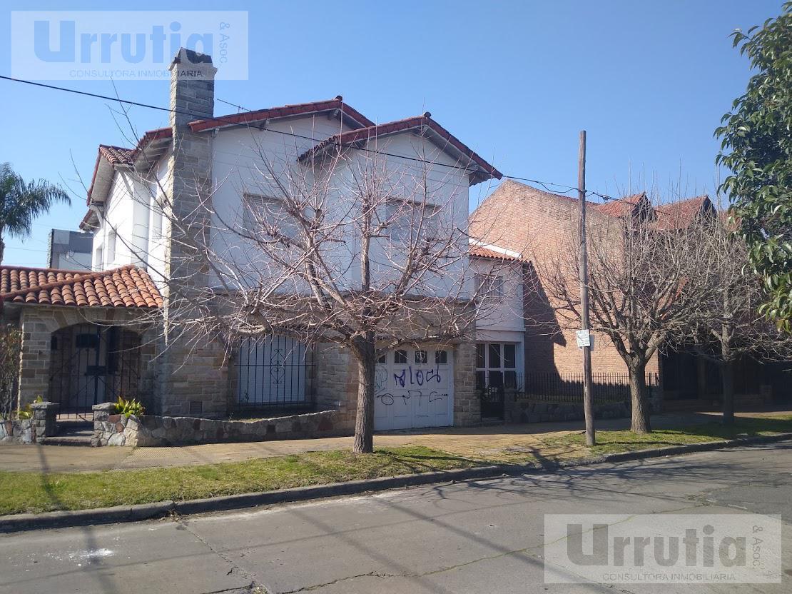 Foto Casa en Venta en  Castelar,  Moron  FRANCIA al 3000