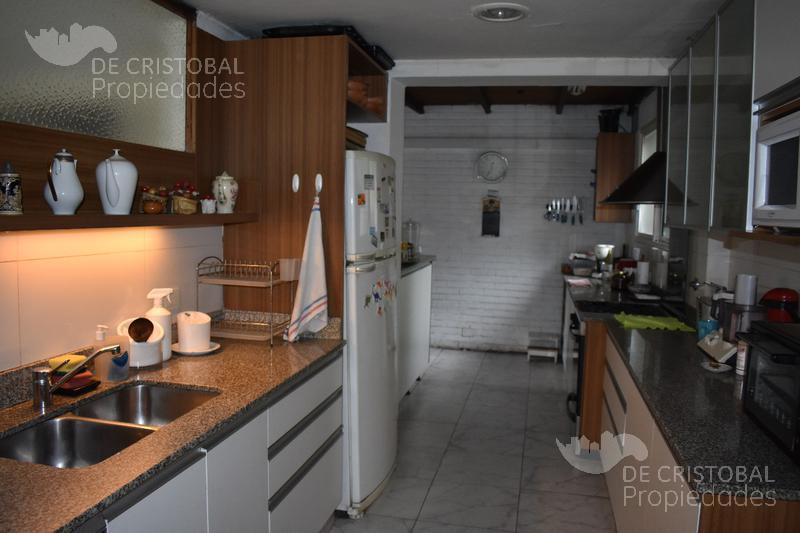 Foto Casa en Venta en  Las Lomas-Santa Rita,  Las Lomas de San Isidro  Abriata al 500 Las Lomas Santa Rita