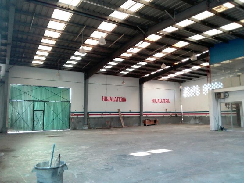 Foto Bodega Industrial en Venta en  Playa del Carmen,  Solidaridad  Se vende con precio de oportunidad  Bodega Industrial excelente ubicación, Playa del Carmen P2464