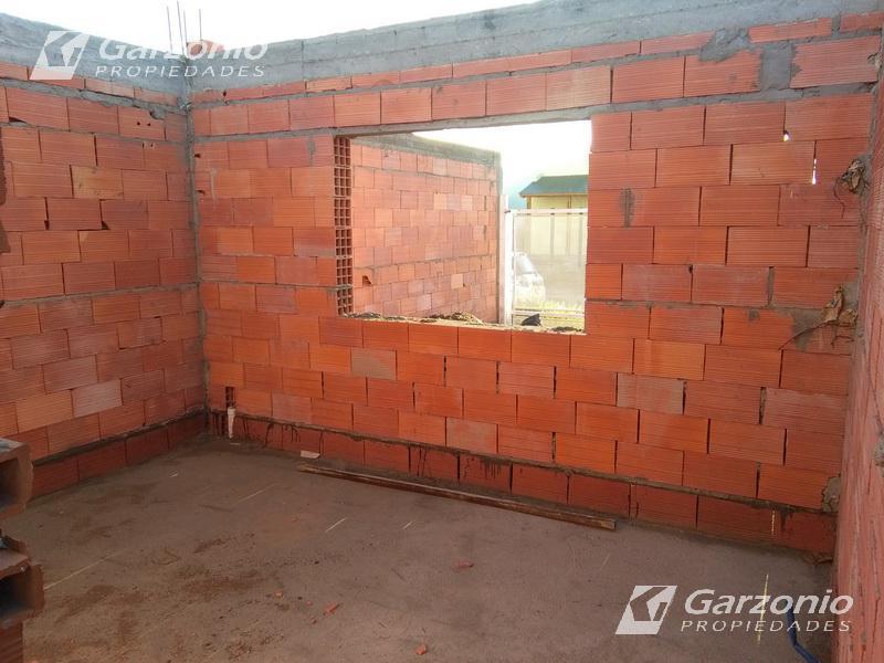 Foto Casa en Venta en  Trelew ,  Chubut  Casa al pozo, entrega 8 meses