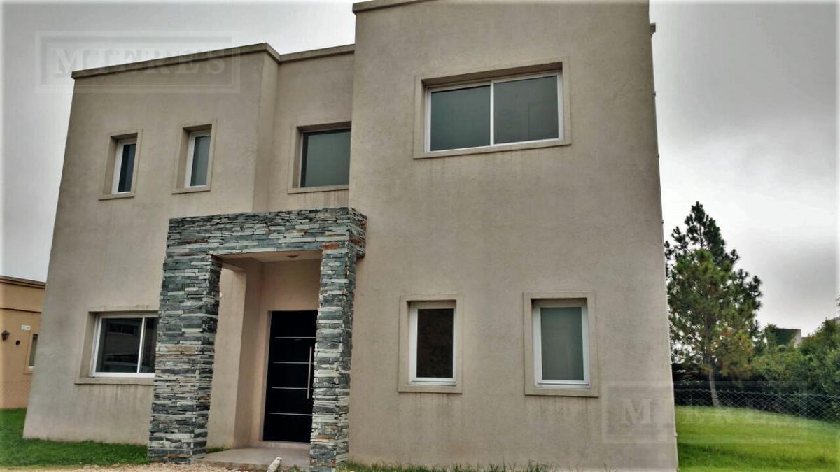 Casa de 198 mts. en La Montura