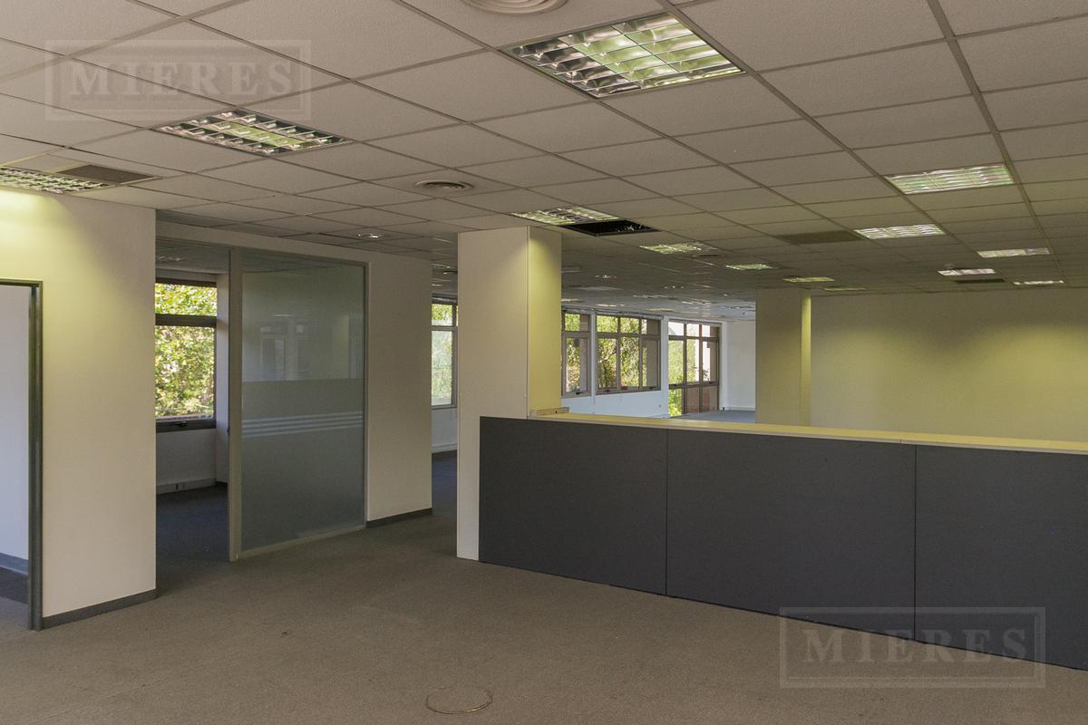 Oficina en San Isidro