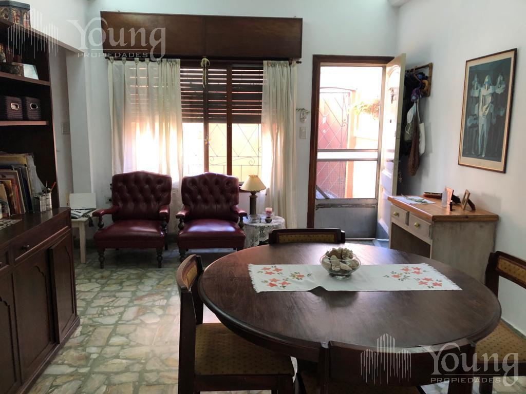 Foto PH en Alquiler en  Villa Dominico,  Avellaneda  ramon franco al 5300