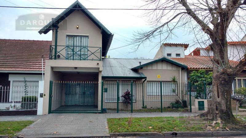 Foto Casa en Venta en  Jose Marmol,  Almirante Brown  ECHEVERRIA 125
