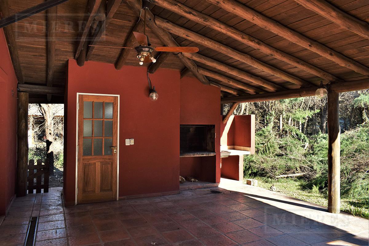 Mieres Propiedades - Casa de 210 mts en Los Sauces