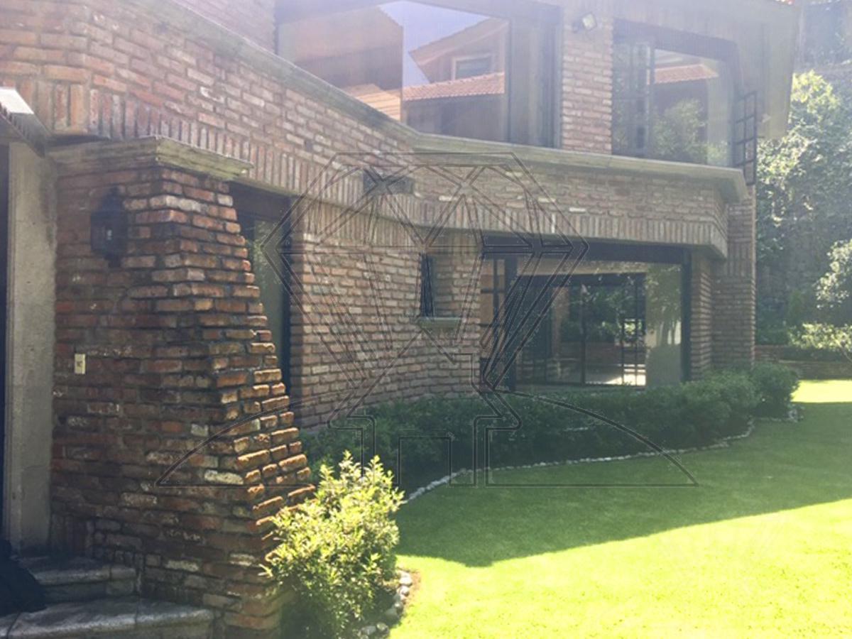 Foto Casa en Venta en  Bosque de las Lomas,  Miguel Hidalgo  La Loma casa  en venta con  TERRAZA, Bosque de las Lomas ( GR )