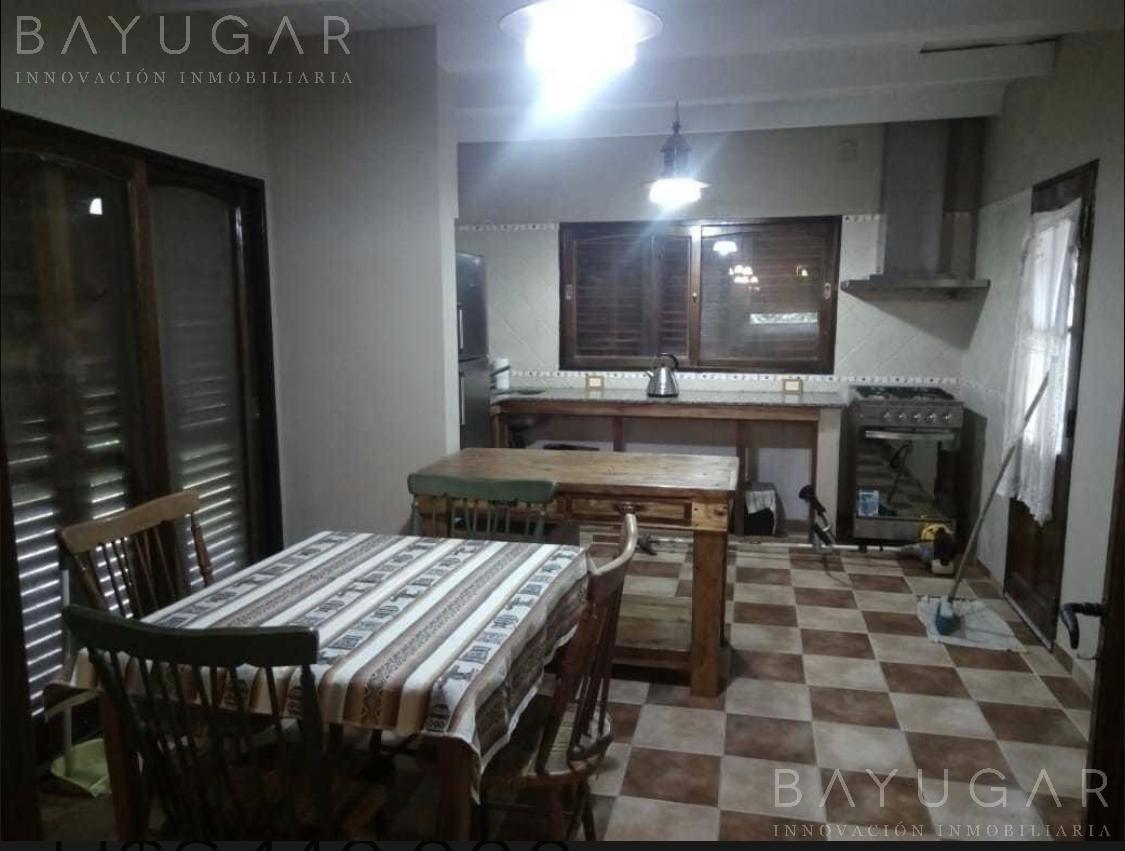 Foto Casa en Venta en  El Jaguel,  Countries/B.Cerrado (Pilar)  Cómoda casa en venta en Country Club El Jagüel / Bayugar Negocios Inmobiliarios