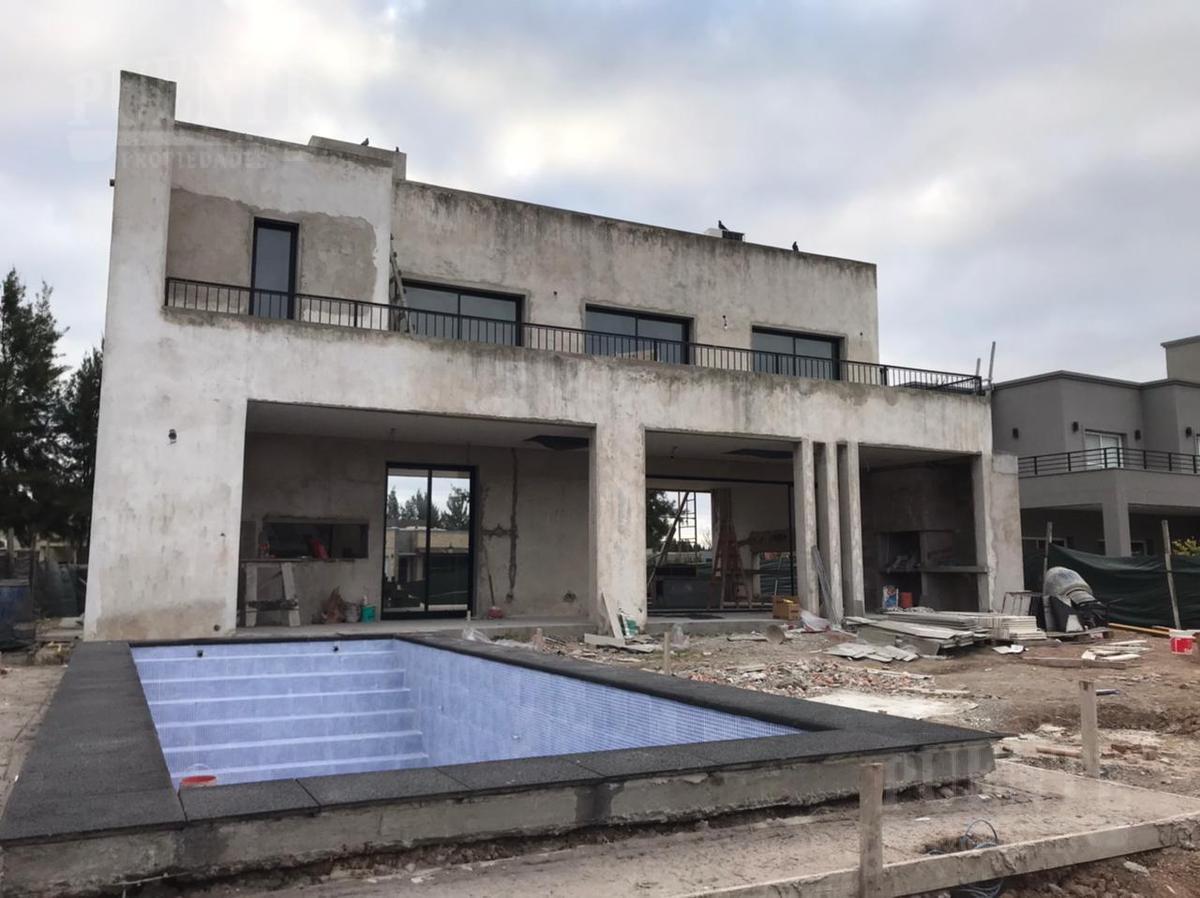 Foto Casa en Venta | Alquiler en  El Principado,  Countries/B.Cerrado (San Vicente)  El Principado con Fondo a la laguna