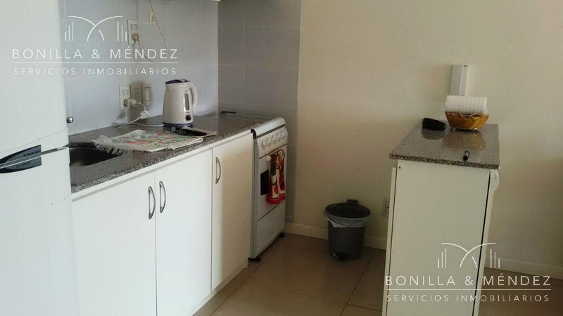Foto Apartamento en  en  Piriápolis ,  Maldonado  Circunvalación Plaza Artigas casi Hector Barrios alquiler por temporada