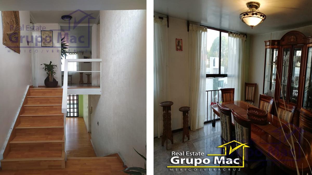 Foto Casa en Venta en  Ciudad Satélite,  Naucalpan de Juárez  Casa en Venta en Cto Juristas Ciudad Satélite Naucalpan