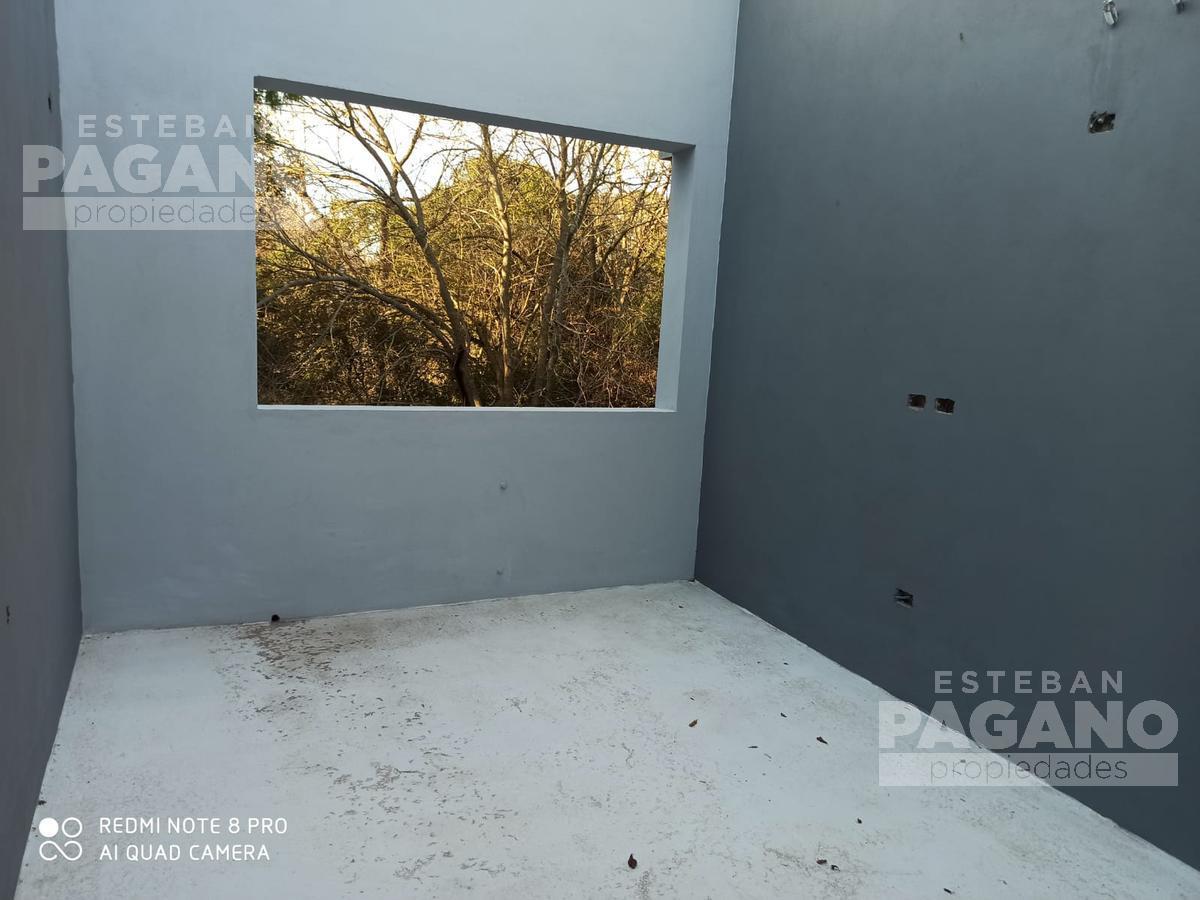Foto PH en Venta en  City Bell,  La Plata  477 e/ 26 y 27