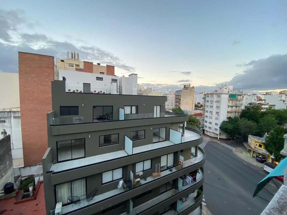 Foto Departamento en Alquiler en  Caballito ,  Capital Federal  Pje F Bertres 300
