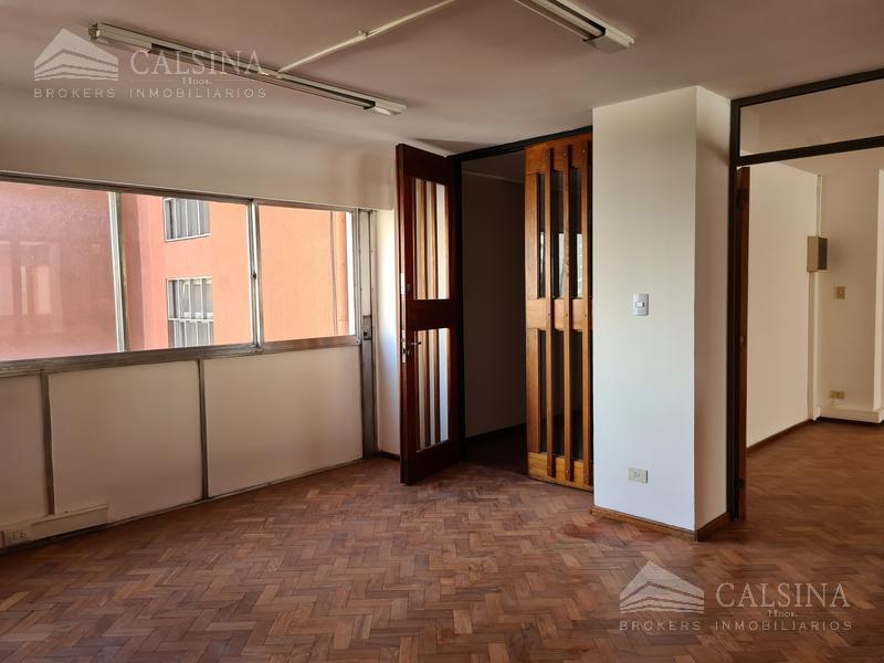 Foto Oficina en Venta en  Centro,  Cordoba Capital  Rosario de Santa Fe  al 200