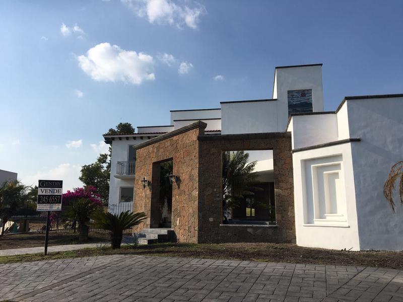 Foto Casa en Venta en  Fraccionamiento El Campanario,  Querétaro  Hermosa Residencia en Venta el Campanario Zona Golf