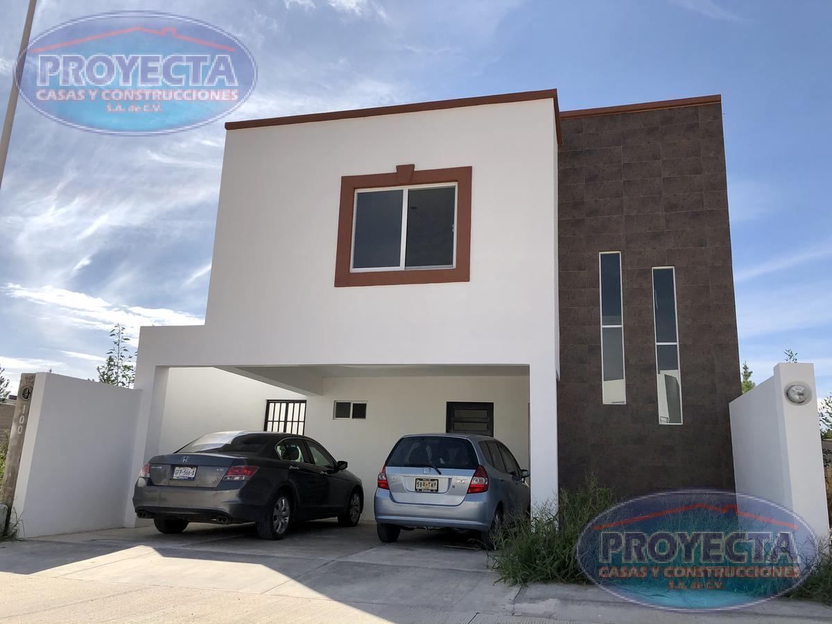 Foto Casa en Venta en  Las Calzadas,  Durango  AMPLIA CASA EN PRIVADO POR EL TEC MILENIO, LAS CALZADAS