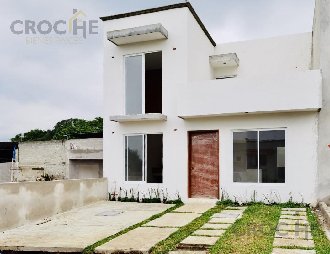 Foto Casa en Venta en  Coatepec Centro,  Coatepec  Casa en venta en Coatepec Ver Fracc. Haciendas de Coatepec, cisterna, 3 recamaras, opcion a creditos