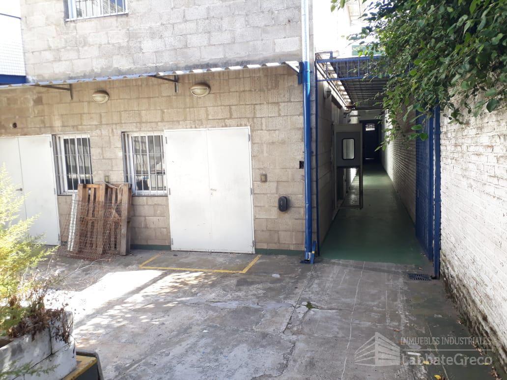Foto Nave Industrial en Venta | Alquiler en  Villa Lynch,  General San Martin  1 de Mayo al 5400