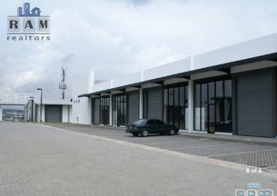 Foto Bodega Industrial en Renta en  Santa Rosa,  Santo Domingo  Bodega en alquiler en Santa Rosa de Heredia