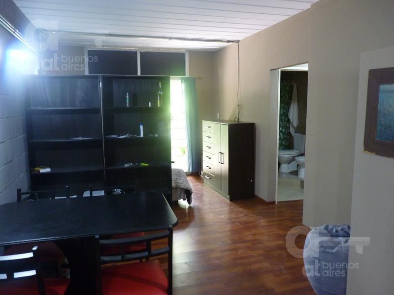 Foto Departamento en Alquiler temporario en  Parque Patricios ,  Capital Federal  Catulo Castillo al 3000