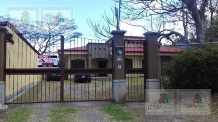 Foto Casa en Venta en  Piedades,  Santa Ana  Santa Ana, Piedades Residencial La Caraña, Hermosa casa con amplio jardín SD