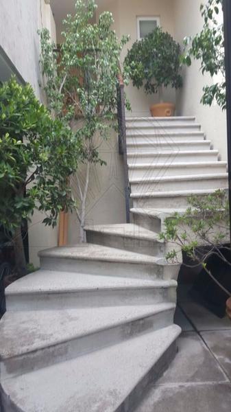 Foto Casa en Venta en  Hacienda de las Palmas,  Huixquilucan  Hda Campo Bravo Casa en venta, calle cerrada (VW)