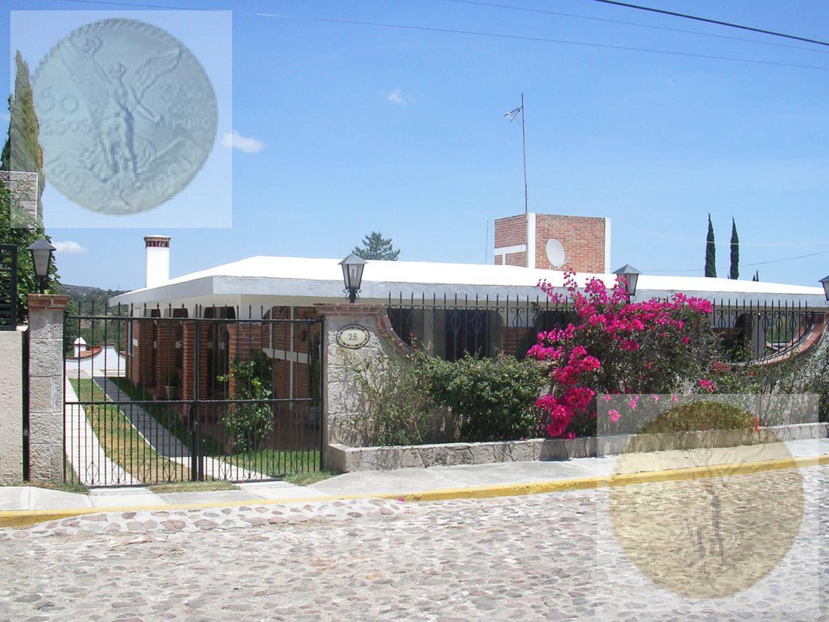 Foto Casa en Venta en  Fraccionamiento Los Viñedos,  Tequisquiapan  Casa estilo colonial mexicano