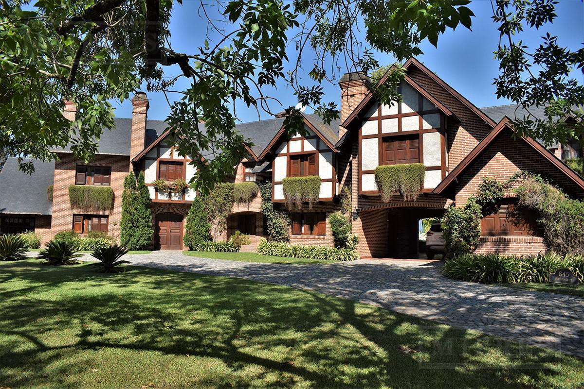 Mieres Propiedades - Importante casa de 500 mts en  Highland Park C.C.