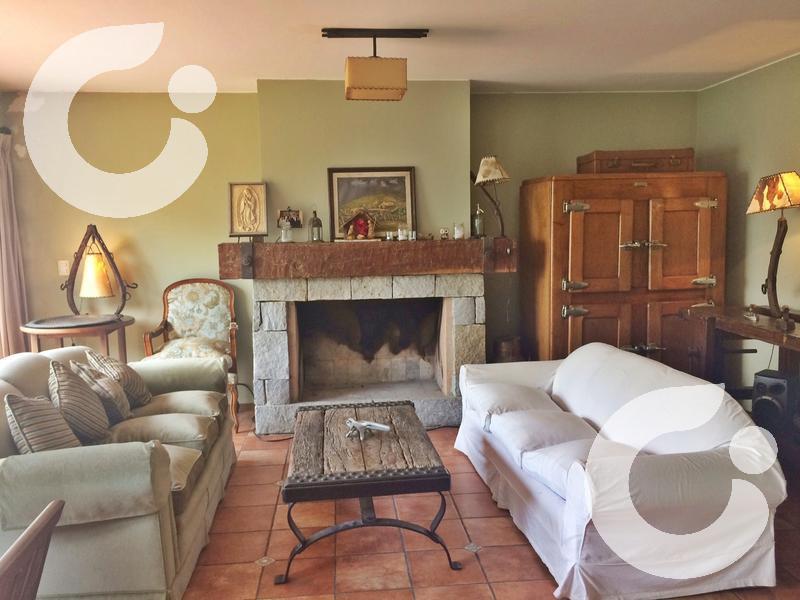 Foto Casa en Alquiler en  Carrasco ,  Montevideo  400m2, Carrasco centro, 5 dorm