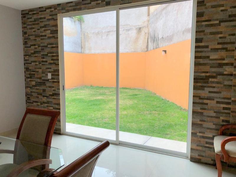 Foto Casa en Venta en  Hacienda de las Palmas,  Huixquilucan  Casa en venta en Hda. de las Palmas, Huixquilucan, Edo. de México.
