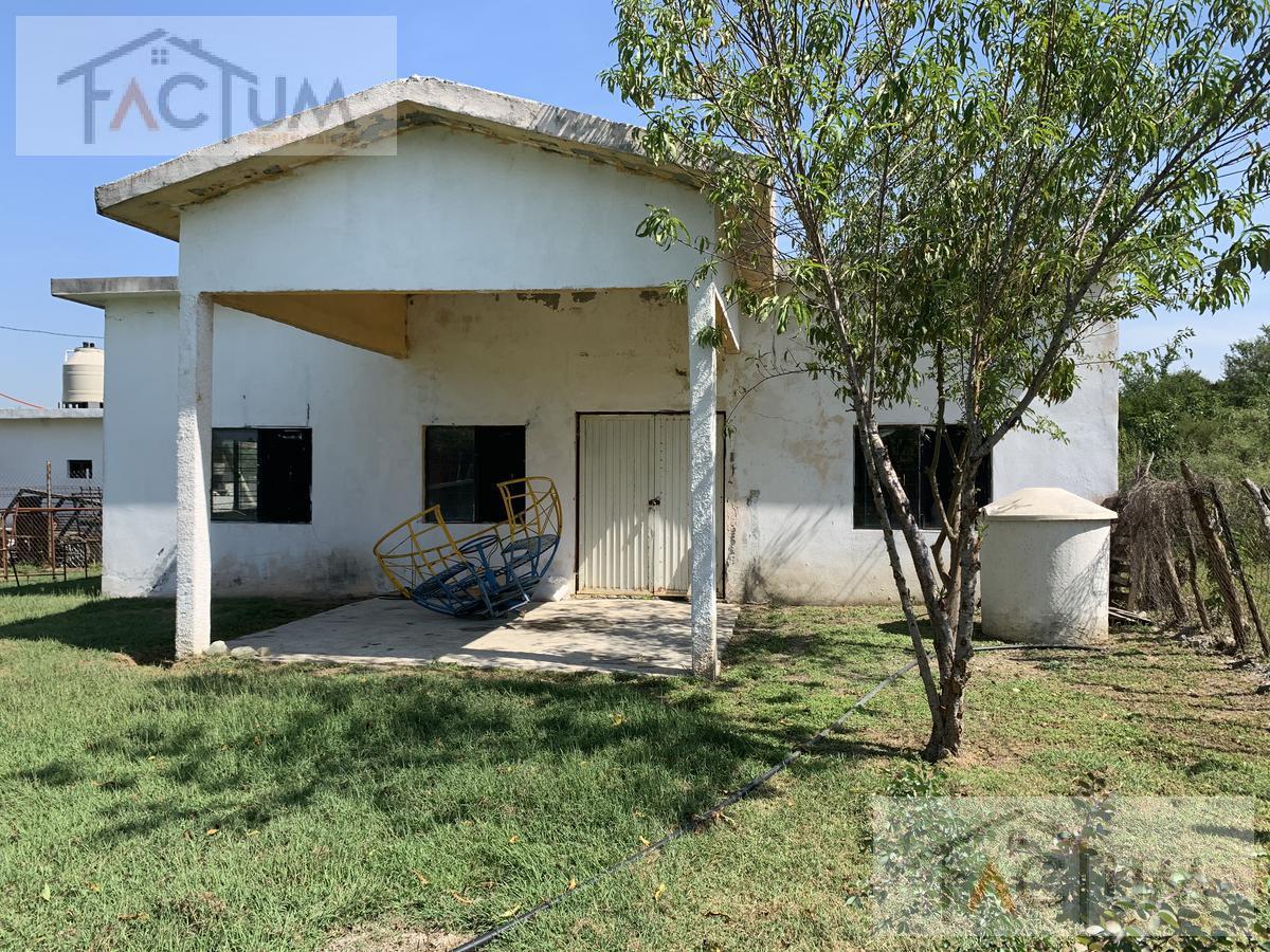 Foto Terreno en Venta en  El Refugio,  Cadereyta Jiménez  Terreno en venta en El Refugio en Cadereyta, N.L.