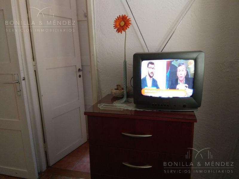 Foto Apartamento en Alquiler | Alquiler temporario en  Centro,  Piriápolis  Sanabria y Rambla de Los Argentinos