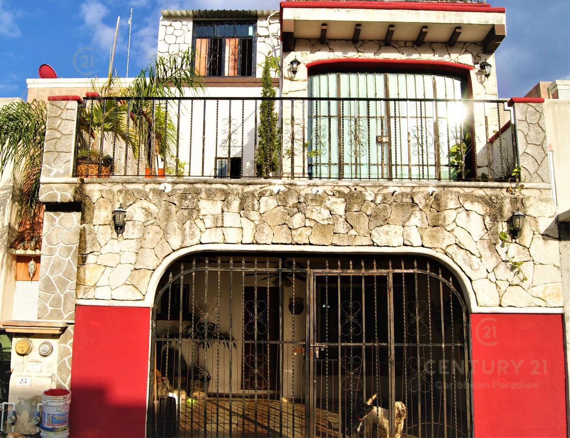 Foto Casa en Venta en  Playa del Carmen ,  Quintana Roo  EN VENTA CASA 3 NIVELES EN MISIÓN DE LAS FLORES PLAYA DEL CARMEN P2872