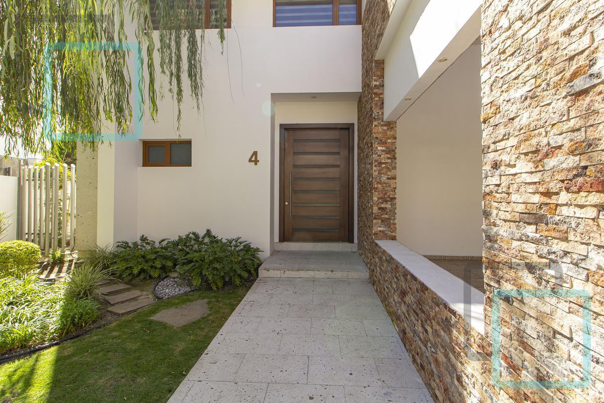 Foto Casa en Venta en  Sierra Alta 2  Sector,  Monterrey  CASA EN VENTA SIERRA ALTA ZONA CARRETERA NACIONAL MONTERREY