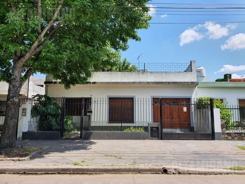 Foto Casa en Venta en  Villa Ballester,  General San Martin  Industria al 700 e/Juncal y Los Pozos