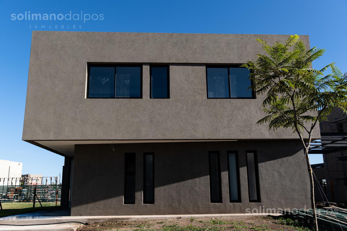 Foto Casa en Venta en  Los Castaños,  Nordelta  Barrio Castaños N° al 100