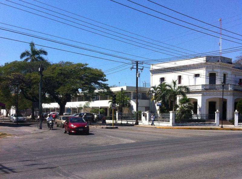 Foto Edificio Comercial en Venta |  en  Garcia Gineres,  Mérida   Propiedad Comercial en esquina Av. Colón x Reforma