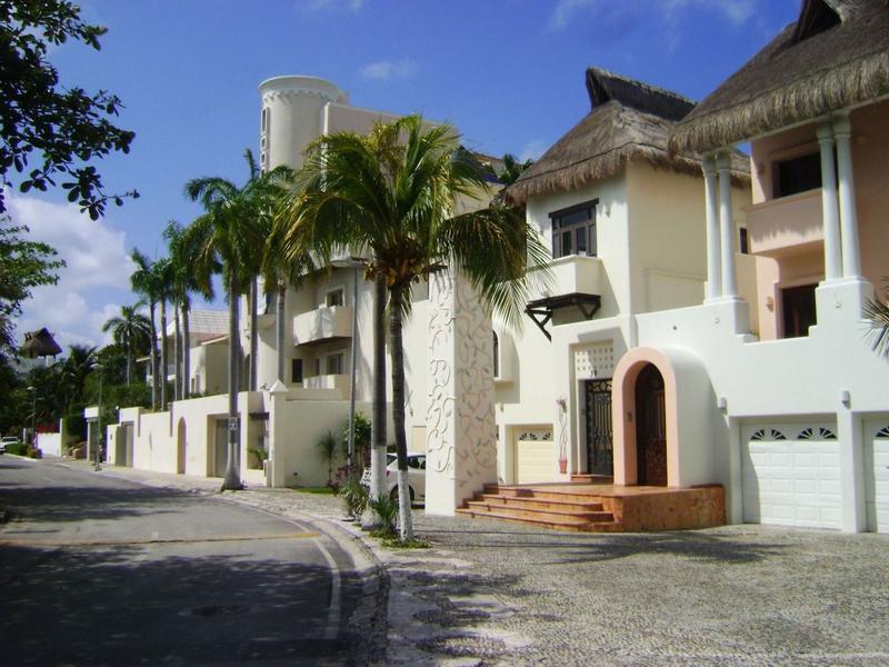Zona Hotelera Casa for Venta scene image 49