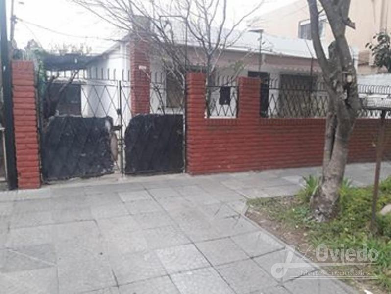 Foto Casa en Venta en  Moron Sur,  Moron  P Idaberry al 4500