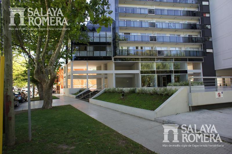 Foto Departamento en Alquiler temporario en  Olivos-Vias/Rio,  Olivos  JUAN DIAZ DE SOLIS entre  y